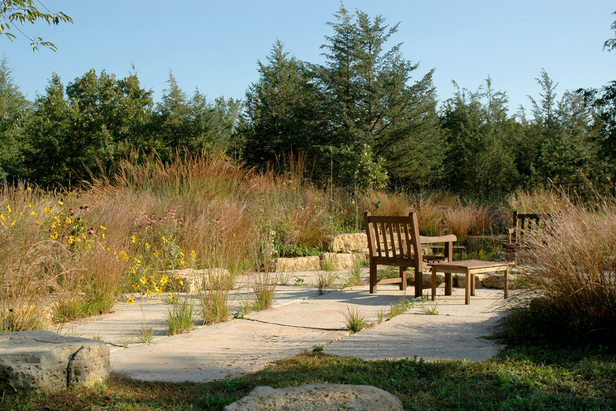 Roy residence savanna designs for Prairie style garden design